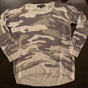 Gray camo long sleeve sweater.